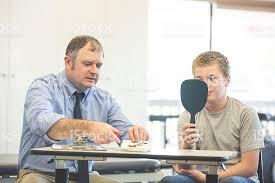 گفتار درمان